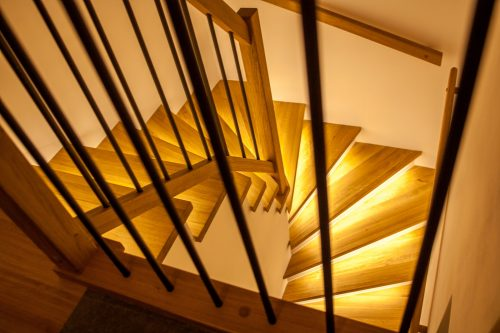 Osvětlené schodiště